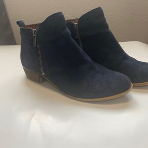Lucky brand Basel ankle booties suede sz 8m blue